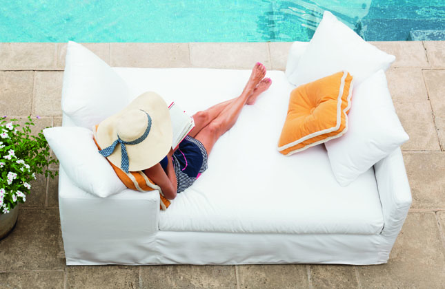 Lee Industries Nandina Outdoor Double Chaise